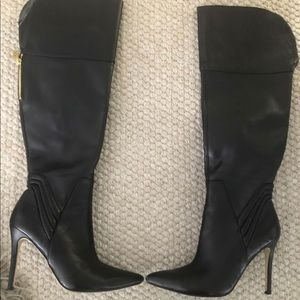 GUESS TALL BOOTS, LIKE NEW, SIZE 8